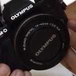 Unboxing OLYMPUS OM-D E-M10 Mark III